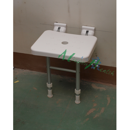 TC-0703  浴室摺凳(配有活動腳)
